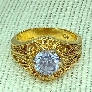 🧚♀️ Vintage Amethyst Ring SS Gold Plated Size 5